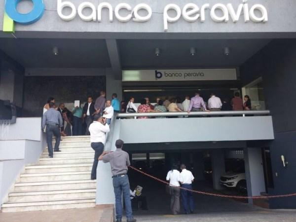 image45 Emiten orden de captura internacional contra ejecutivos Banco Peravia
