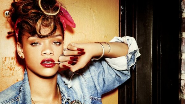 0010248899 Video: Otra ve acusan a Rihanna de plagio
