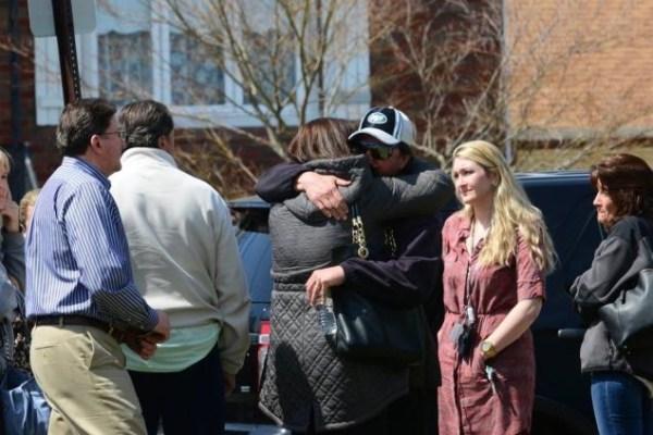 image45 Hombre de 100 años pica esposa con hacha y luego se suicida