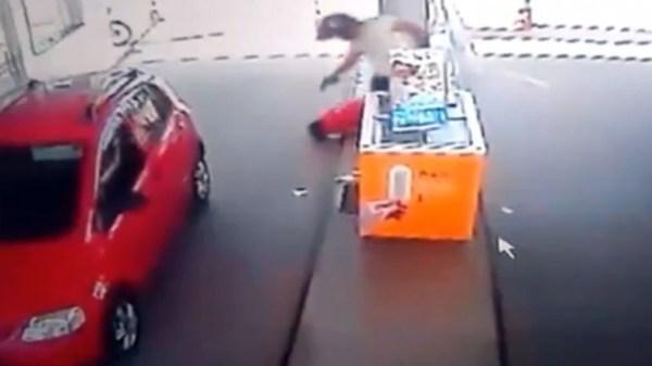 image664 Video    Sicario asesina hombre en gasolinera