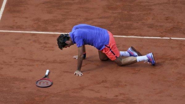 0012748488 Roger Federer eliminado de Roland Garros