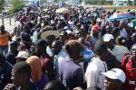 201506120403551 Haitianos cruzan frontera para acogerse Plan de Regularización