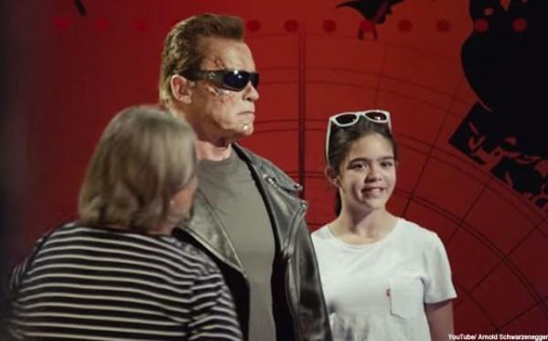 893516 642x400 38 Video   Arnold Schwarzenegger casi mata del susto a unos turistas