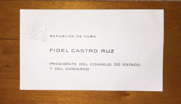 castro card 2 La tarjeta de visita de Fidel Castro