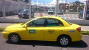 haitiana-da-luz-dentro-de-taxi-en-santiago