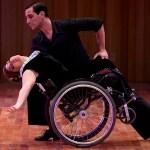 1286892 Video   Mira como esta mujer baila tango en silla de ruedas