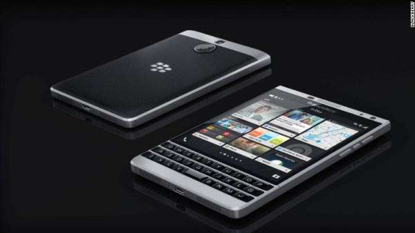 bb Blackberry lanza una vaina