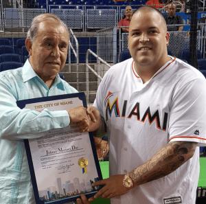 jm Declaran día de Johnny Marines, manager de Romeo Santos, en Miami