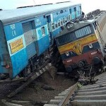 trenes india Varios muertos al descarrilar dos trenes en la India