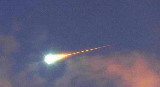 cometa El pedazo de un cometa se desbarató sobre Portugal y España