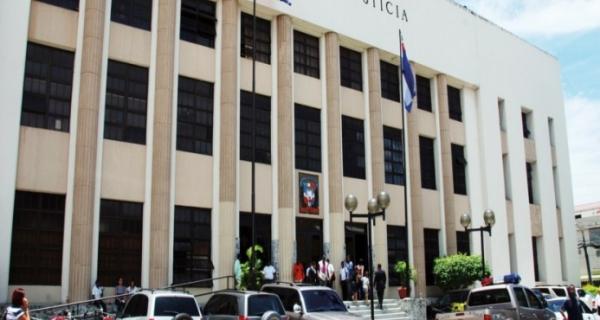 fiscalia Niegan dueño discoteca fuera apresado por defenderse de atracadores