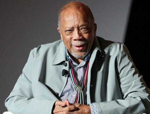 quincy jones Quincy Jones continúa recuperándose
