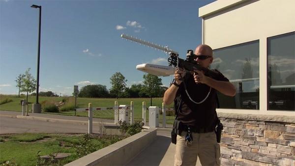 fusil drone La Crema! – Fusil que neutraliza los drones de un fuetazo