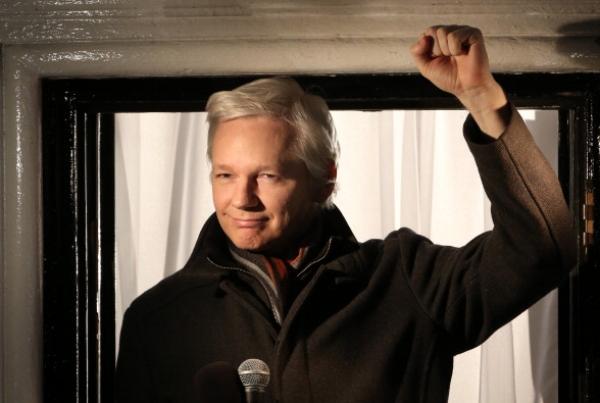 retiran vigilancia al tipo de wikileaks Retiran vigilancia al tipo de WikiLeaks