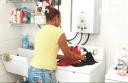doña lavando