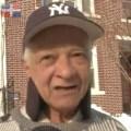 dominicano Anciano dominicano, héroe de su barrio después de la tormenta de nieve