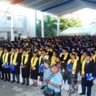 uapa graduacion Wepa! –637 nuevos profesionales pa la calle (RD)