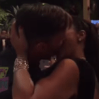 beso Jeva da US$90,000 por chulear a Ricky Martin