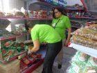 productos vencidos pro consumidor Decomisan un lote de productos vencidos en el Barrio Chino