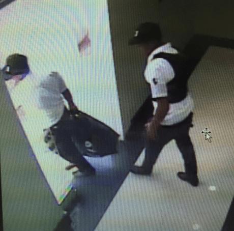 policia Fotos de los asaltantes banco en Puerto Plata