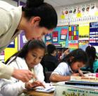 buss Escuelas de NY todavía carecen de maestros hispanos