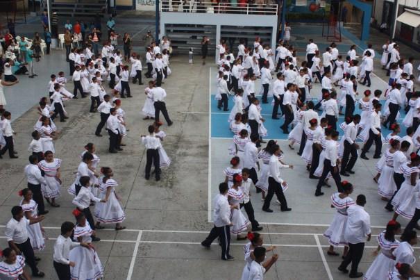 img 1221 Fotos   Bailando merengue tradicional