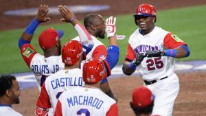 platano power Las Grandes Ligas quieren jugar el Clásico en terreno dominicano