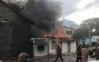 santiago10 Se incendian dos vivienda y afecta taller en Santiago