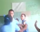 bayaguana Video   Estudiante golpea compañera frente a maestra en Bayaguana