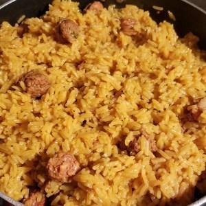 locrio Comida de las 12: Locrio de longaniza