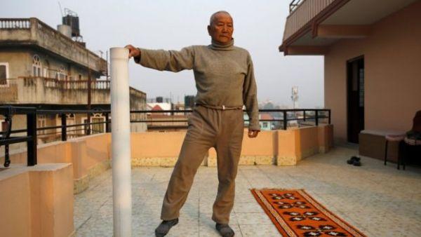 min bahadur sherchan1 Muere intentando recuperar título del escalador más viejo del Everest