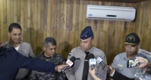policia moca Se llevan Coronel tras incidente con dirigente comunitario