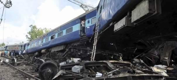 134740 620 282 37 muertos al ser arrollados por un tren [India]
