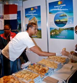 7700 1416039665299471 1064757594 n Dominicanos compartiendo su sabor en Bulgaria