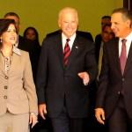 14458645332 c767060916 z FOTOS   El vice gringo, Joe Biden, en el Palacio Nacional [RD]