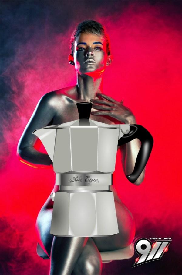 yeli El sexy body paint de la comunicadora dominicana Yelitza Lora
