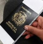 pasaporte dominicano libreta 294x300 Si vas para Haití debes tener visa por