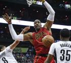 Dwight Howard 300x263 Dwight Howard se fue pa los Hornets