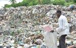 basura desechos solidos buzo 150x96 Cada día RD genera 10 mil toneladas de basura