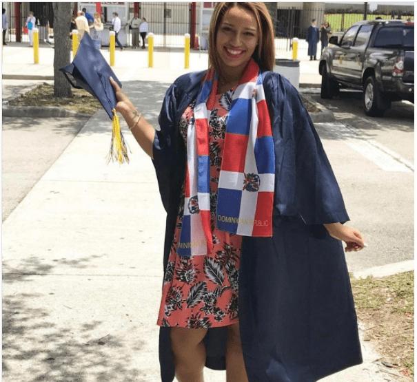 rd8 Fotos   Orgullo dominicano en graduaciones en USA