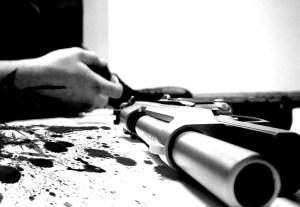 suicidio balazo 300x207 ¿Qué pasa en La Romana? Cuatro suicidios en menos de una semana
