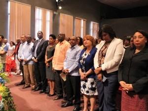 81b3a8b305e9edfd29011dd656c59c61 300x226 300x226 Reconocen labor de maestros en San Cristóbal, Felicidades