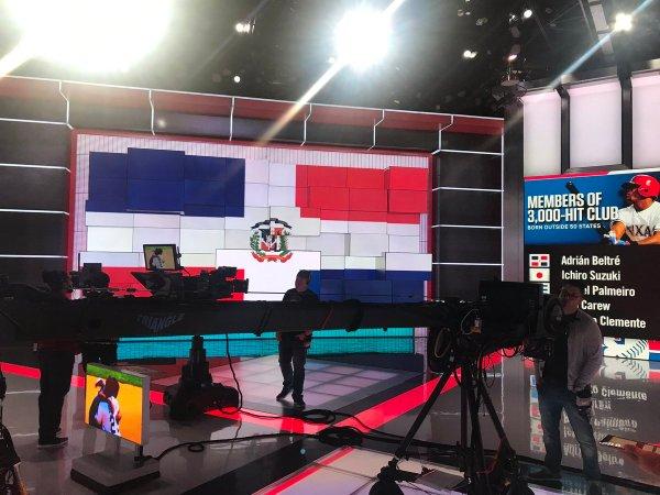 DGEeNZmUwAEhCAC 600x450 Mira como ESPN se aplatanó para recibir Adrián Beltré
