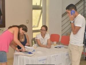 """Santiago 2 300x226 Así votó Ricardo Montaner en RD; """"esta es la fiesta de despedida"""""""