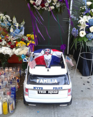 foto 300x375 Detalles de funeral de policia dominicana asesinada en NY