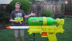 pistola de agua 150x86 Chequea la pistola de agua ma grande del planeta
