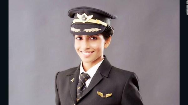Anny Divya 3 600x338 Conoce la comandante de un Boeing 777 más joven del mundo