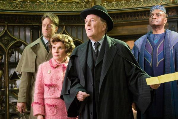 Cornelius Fudge 2 600x400 Muere actor de la saga Harry Potter