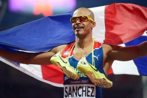 Felix Sanchez 300x200 Félix Sánchez busca elevar el nivel del atletismo dominicano