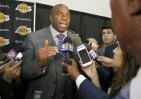 Lakers 300x210 La NBA multa en US$500 mil a los Lakers